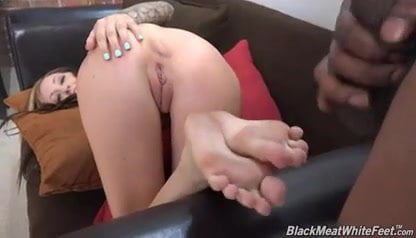 Kendra Cole brings her freshly pedicured feet for