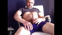 Hot hairy man unload