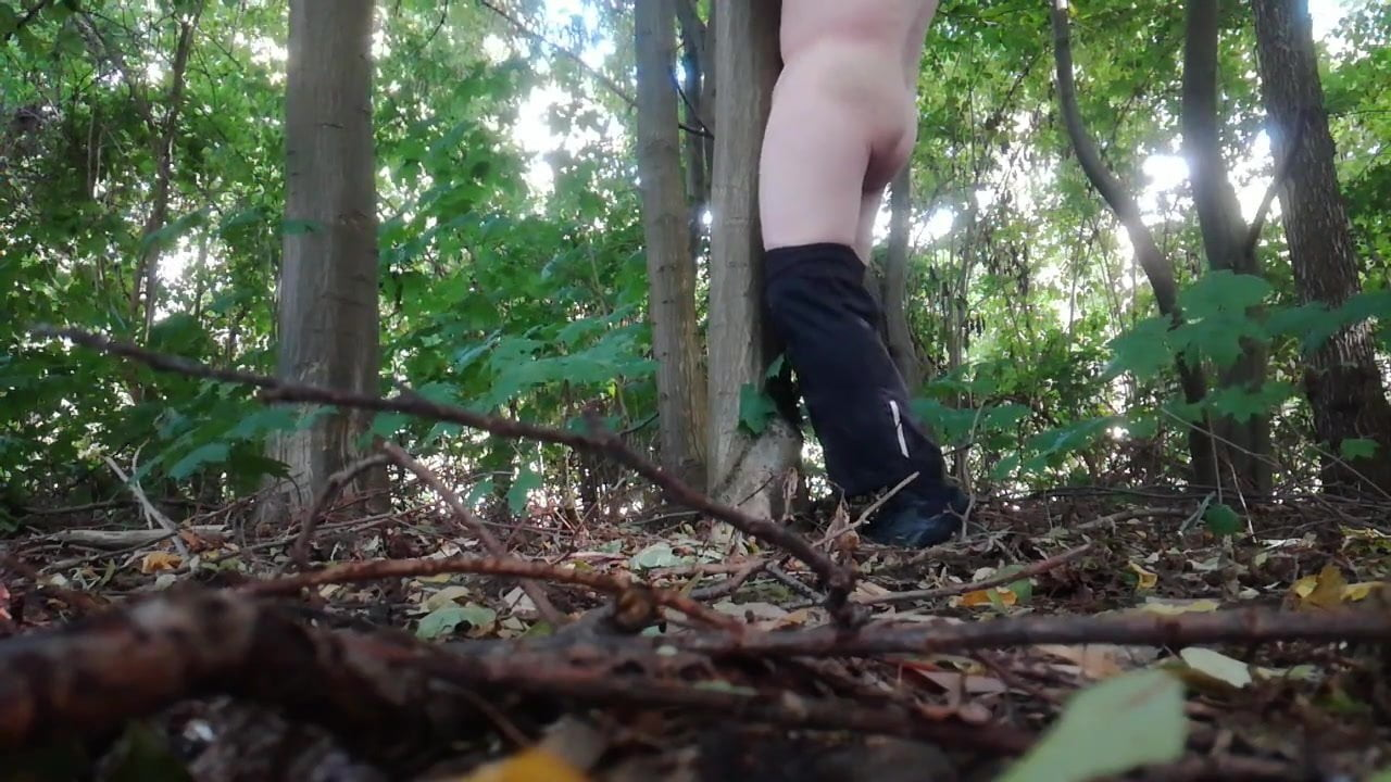 guys-masterbate-in-the-woods-smooch-girl-and-boy-nude