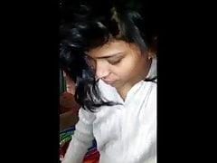 Maldivian teen tight pussy play