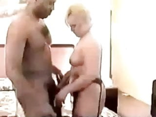 Redtube mature mom creampie - Mature mom gets crempie fron bbc - negrofloripa