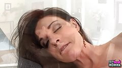 SEXYMOMMA - Two bombshells in a lusty lesbian licking action