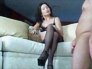 slave for the pleasure of masturbation Mistress