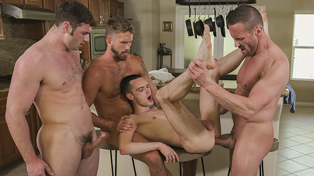 FamilyDick – Twink Will get His Physique Lined In Scorching Cum