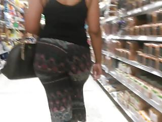 Phat Jiggly Booty MILF Candid Quickie 2