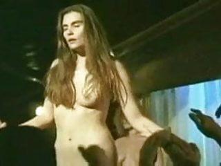Emanuelle Seigner - Le Sourire