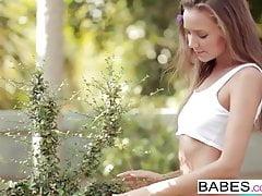 Babes - Clover - A Tender Spot's Thumb