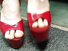 Quick Shoe Tease  Ladyzhava