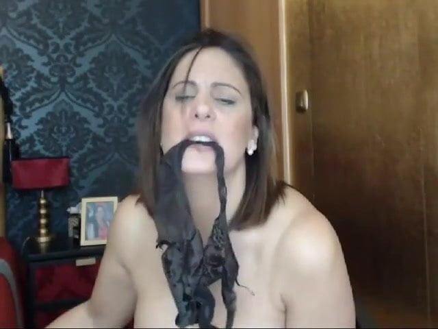 Sexyvega sizzling mother at internet present 5