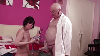 English women suck old fat cock