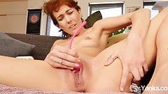 Yanks Babe Emily Blacc High Tech Orgasm