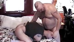Chubby daddy bear fucks a younger guy