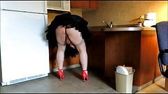Sissy Ray in the Kitchen 1