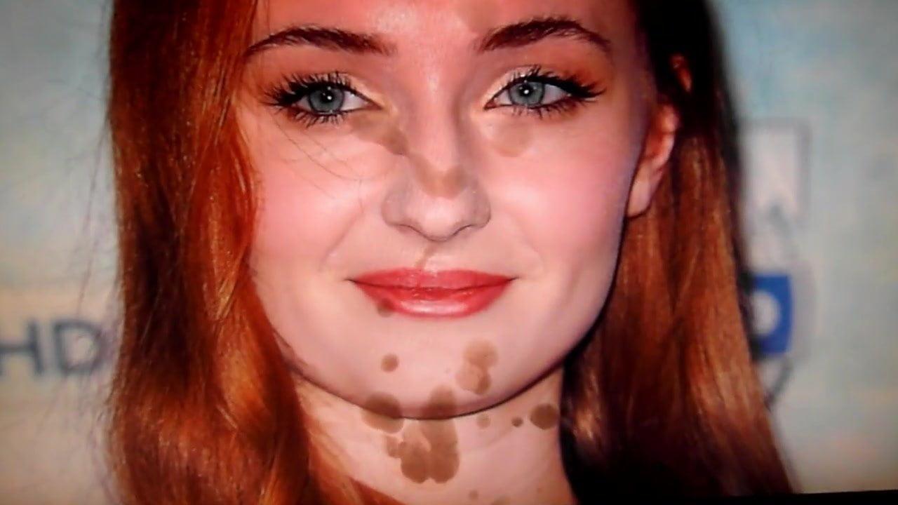 Sophie Turner Cum
