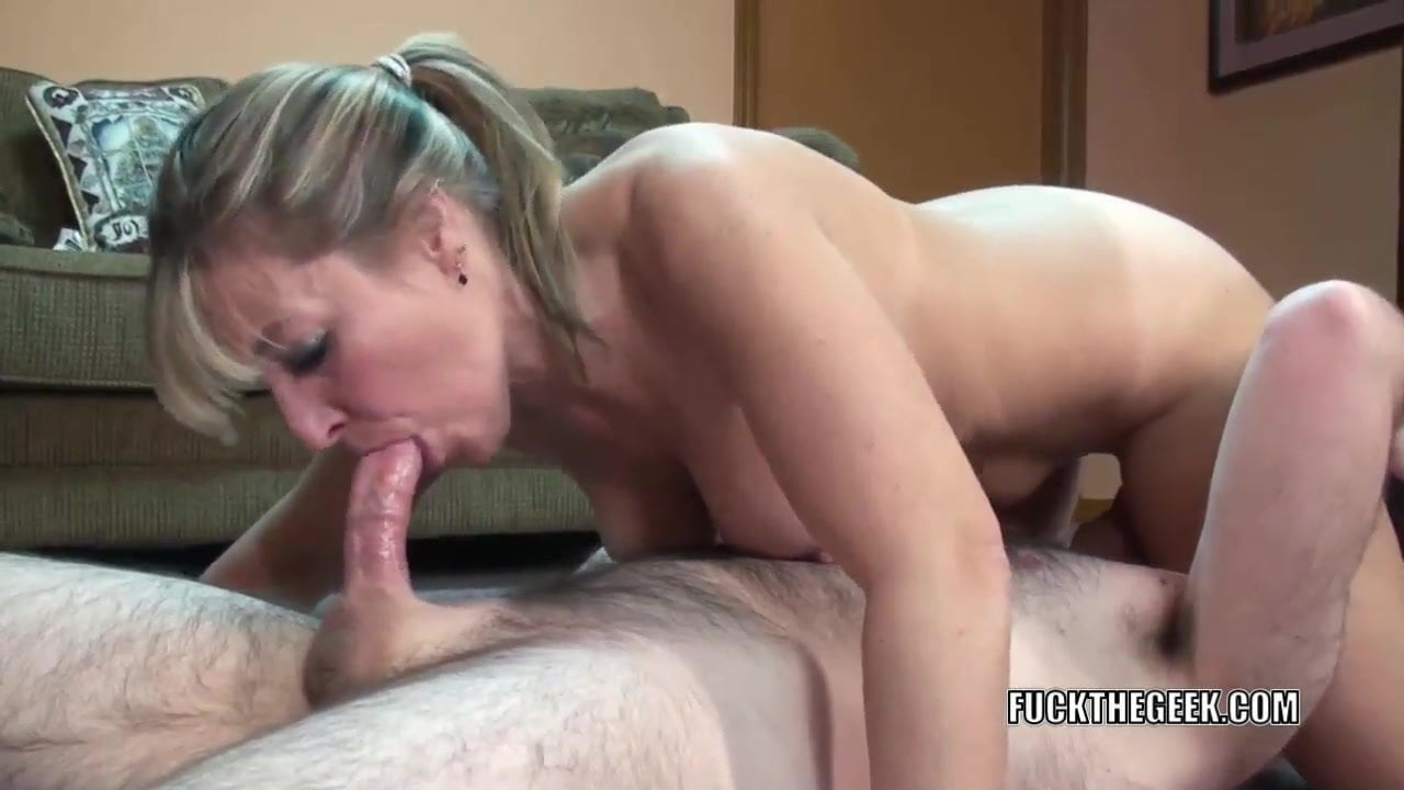 Black Girl Squirts While Sucking Dick Online Sex Videos -7741