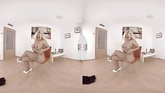VIRTUAL TABOO - Blondie Fesser strips for you!