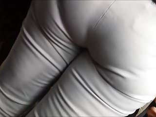 Candid lebanese milf booty in the bus