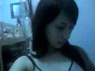 Download video bokep indonesia- anak sma pamer tubuh Mp4 terbaru