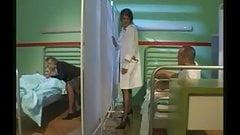 Female nurse starts a hot hospital 4-way