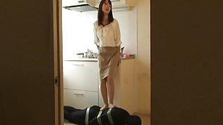 Japanese Femdom violently kicks the slavery's groin