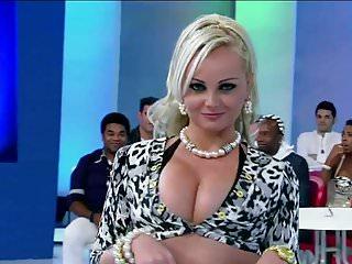 MILF PORCHISSIMA IN TV...