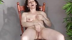 Mature milfs squirting