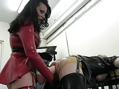 Mistress pegs sissy with giang strapon
