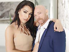 TS Stunner Chanel Santini Fucks FTM Buck Angel