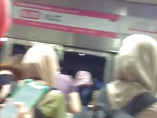 Download video bokep Hijabi Ass Touch On The LRT In KL, Malaysia (part 1):-D  Mp4 terbaru