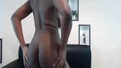 woman nud or flash tits 21