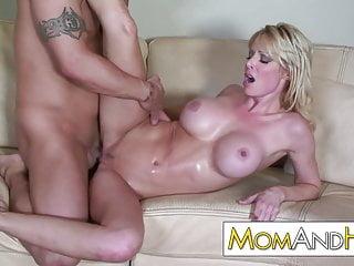 MILF MOM Holly Sampson gets messy facial