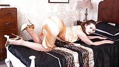 Hot babe fingers wanks in vintage merry widow nylons heels