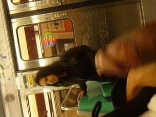 Free download & watch flashing girls paris subway legendflashing         porn movies