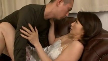 Free download & watch dear aunt reiko mahikara         porn movies