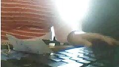 Beurette marocaine montre ses seins dans un cyber de rabat's Thumb