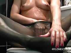 Chloe Oils Up For Pantyhose Play & Dildo
