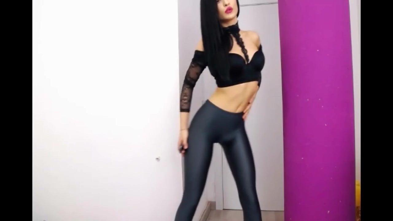 Cam girl in CECILIA DE RAFAEL UPPSALA pantyhose