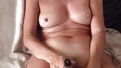 Mature woman on cam