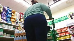 Wide Ass Pear White Gilf