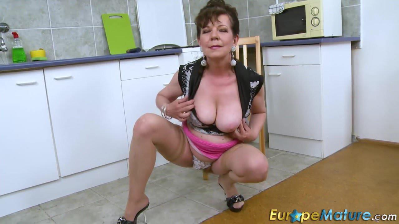 Sexy spanish females naked