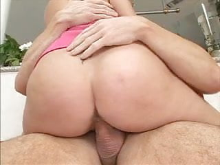 Hot chick getting a big cock in her cunt