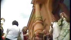 bride-upskirt