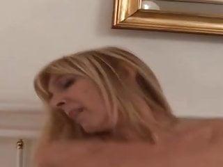 Download video bokep Amateur Italian Milf Mature Plus 50 Anal Fucked Mp4 terbaru