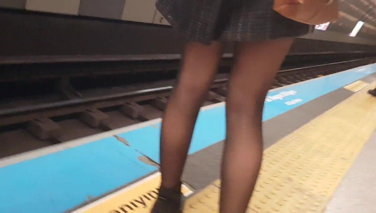 Turkish milf legs in the metro