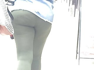 Ebony with phat wide juicy ass