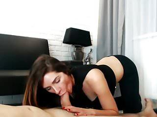 Gorgeous Slut Blows and Bangs her Boyfriend on Webcam