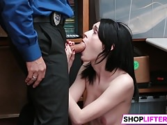 Sweety Ivi Gets Huge Penis For Shoplifting