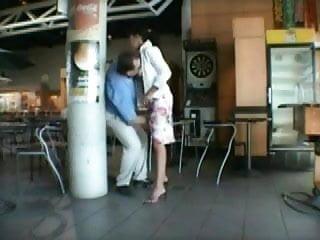 Download video bokep apres l exib au restaurant on va a l aeroport Mp4 terbaru