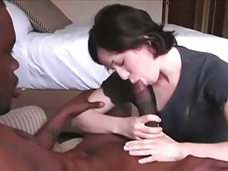 Porn leafs - Husband films his wife with a huge bbc