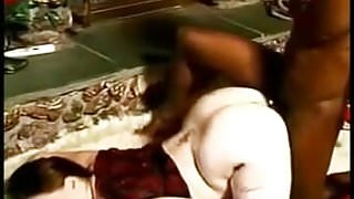 Pale BBW on BBC old porn scene